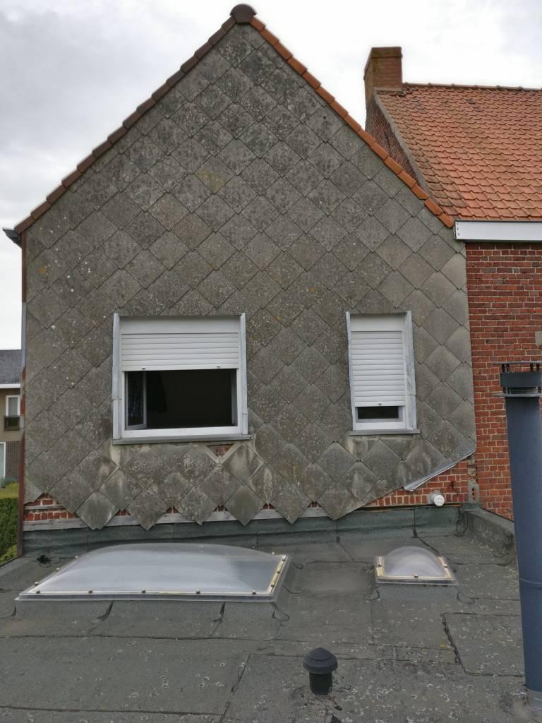 Heule achtergevel voor renovatie